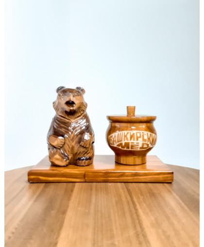 """Сувенирный медведь """"Мишка на пасеке"""" 0,15 кг Чугунок"""