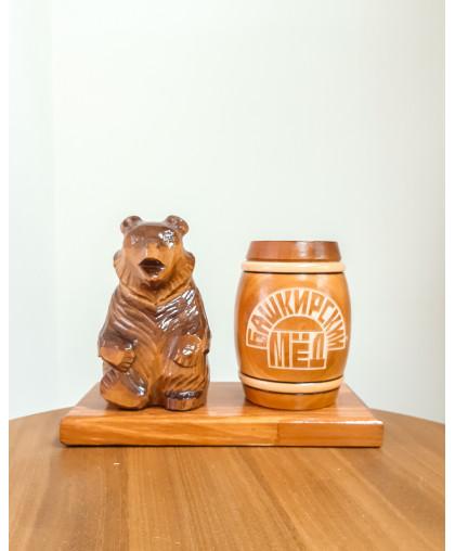 """Сувенирный медведь """"Мишка на пасеке"""" 0,25 кг Бочка"""